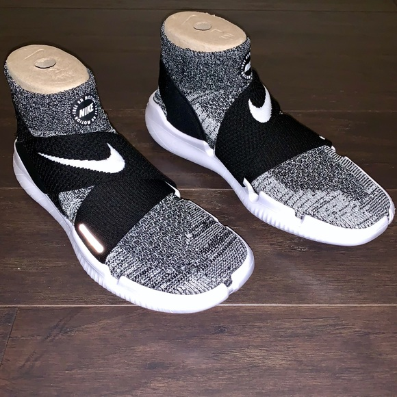 Nike Shoes | Nike Free Run Motion